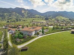 Objektbild Pflegezentrum Unterammergau aus der Luft